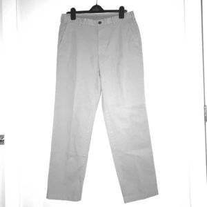 Brooks Brothers 34/32 Clark Fit Gray Chino Pants